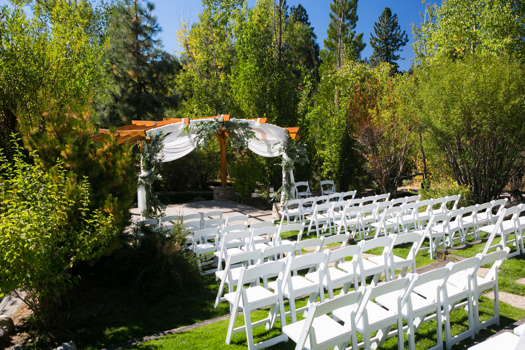 lake-tahoe-weddings-1-tahoe-wedding-venues